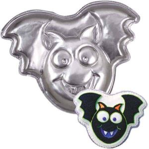 Bat Cake Tin