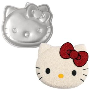 Hello Kitty Cake Tin