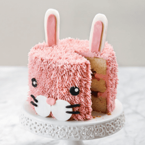 Parent & Child Pinata Easter Bunny Cake 27th March 2021